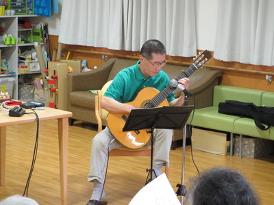 大正琴 ギター.JPG